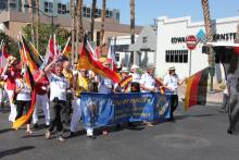 Internationale Parade 6.png -