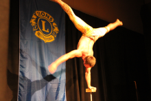 Lions Cirque Cabaret 4.png -