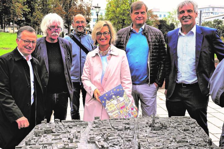 Einweihung des Blinden-Stadt-Tastmodell Freiburg